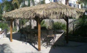 Mexican Palm Oval Tiki Hut
